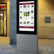 Digitale Informationsvitrine, digitaler Schaukasten mit Monitor e.VITRUM