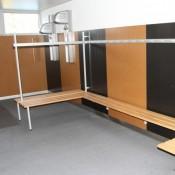 Garderobenanlage ALU-line mit Wandgarderobe und Sitzbank