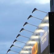 Leuchten und Strahler für Werbetechnik, LED-Strahler GUELL mit Auslegearm