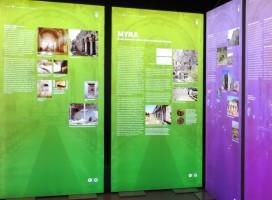 Werbespanntuchrahmen, Spanntuchrahmen aus Aluminium mit LED-Beleuchtung und Bautiefe 70mm